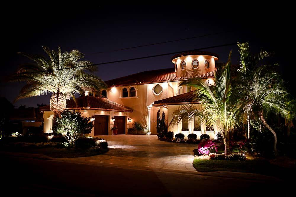 high end outdoor lighting craftsman style inc we provide mostly low voltage landscape lighting services for highend properties number of reasons they are energyefficient safer outdoor landscape lighting parkland fort lauderdale fl